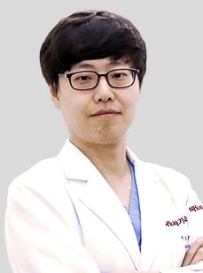 DR. ソ・ジェボム