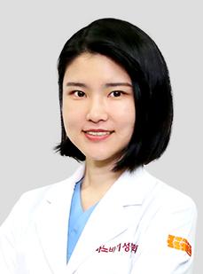 DR. キム・セヨン
