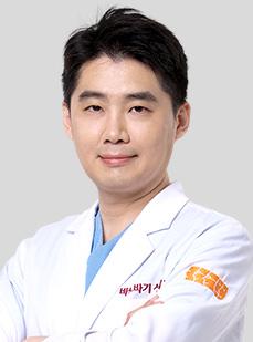 DR. ユ・ドンヒ